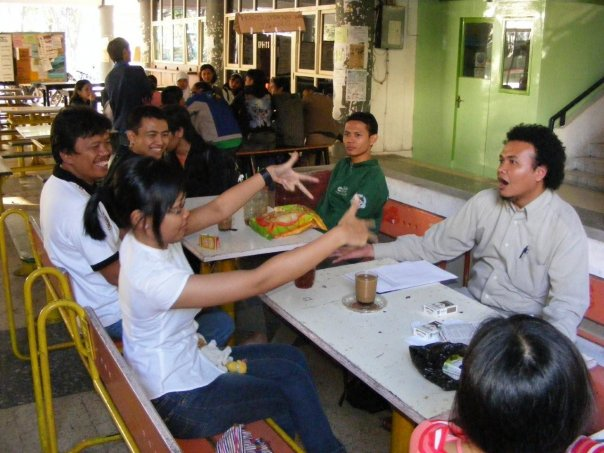 kumpul-kumpul bareng alumni bridge ITS