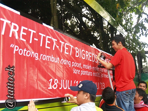 Memasang banner