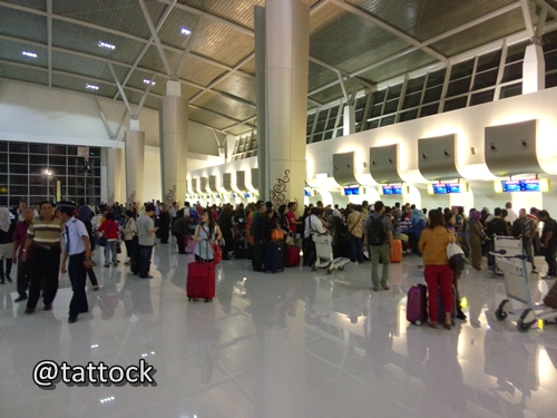 Conter check in - T2 Juanda